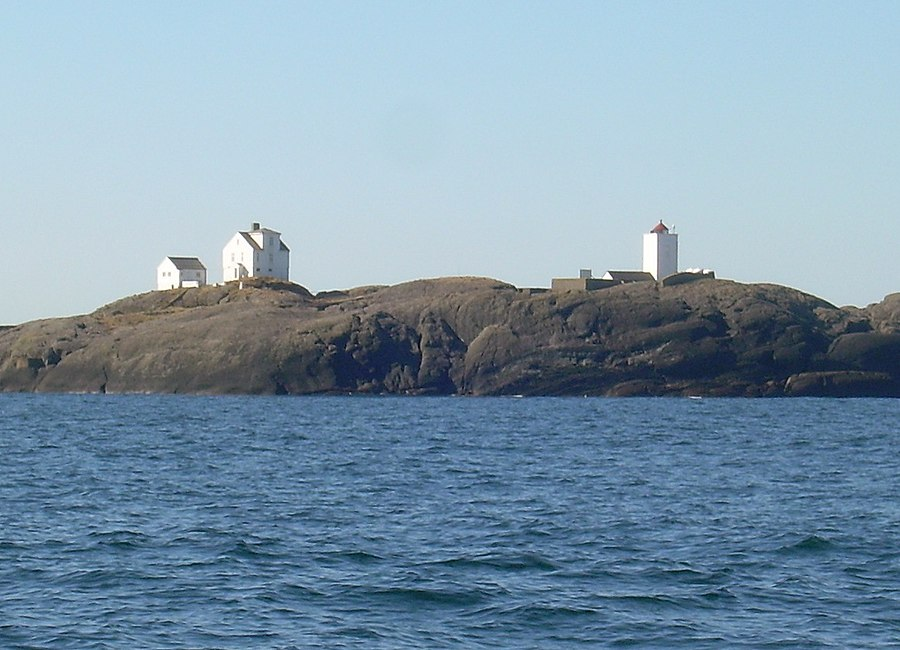 Holmengrå Lighthouse