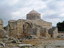 Holy Cross monastery at Anogyra 02.jpg