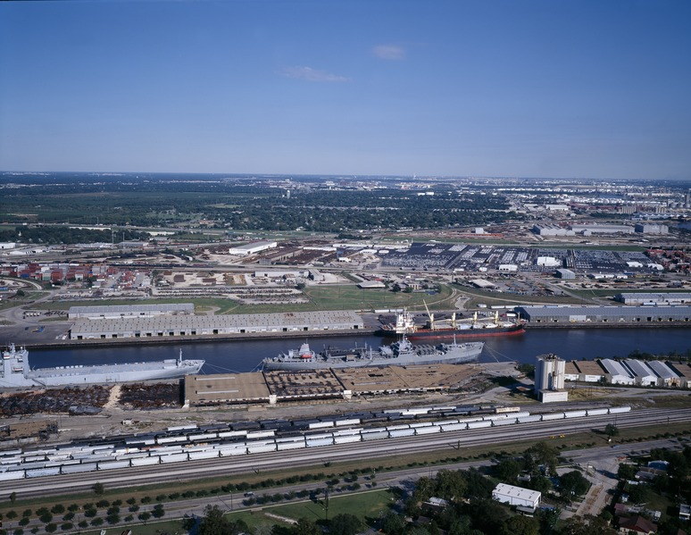 Houston Industrial panorama and Port of Houston, Texas LCCN2011630961