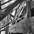 """Houtzaagmolen """"De Salamander"""", de kap, voeghout aan de weerstijlkast - Leidschendam - 20138133 - RCE.jpg"""