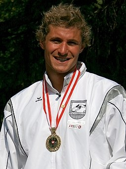 Hunor Mate 50m-breaststroke-winner Schwechat2008.jpg