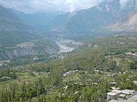 The Hunza valley in northern Pakistan. — Agricultural and scenic