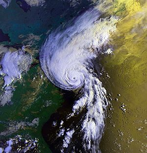 1991 Atlantic hurricane season - Image: Hurricane Bob 19 aug 1991 1226Z