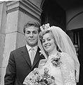 Huwelijk Bennie Muller, Bestanddeelnr 912-9723.jpg