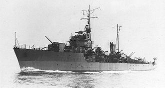 Hiburi-class escort ship - Image: IJN escort vessel SHONAN in 1944