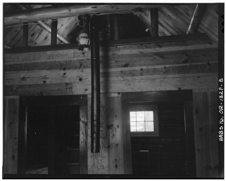 File:INTERIOR, LOFT - Paulina Lake IOOF Organization Camp, Cabin No. 9, Deschutes National Forest, La Pine, Deschutes County, OR HABS ORE,9-LAPI.V,1F-5.tif