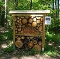 Insektenhotel - panoramio (1).jpg
