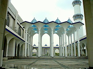 Sultan Salahuddin Abdul Aziz Mosque - At the hallway (first floor) of the mosque.