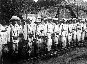 Battle of Manila (1898) - Image: Insurgent soldiers in the Philippines 1899