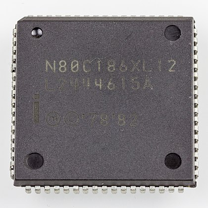 Intel N80C186XL12 in QFJ68 / PLCC68, an example of a plastic leaded chip carrier Intel N80C186XL12-3179.jpg
