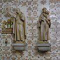 Interieur- gang met ex-vototegels en beelden van de Heilige Alfonsus van Liguori en de Heilige Antonius van Padua - 20000660 - RCE.jpg