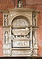 Interior of Santi Giovanni e Paolo (Venice) - Monumento del doge Nicolo Marcello - Pietro Lombardo.jpg
