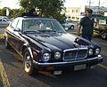 Jaguar XJ40 (Auto classique A&W Châteauguay '12).JPG