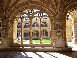 Jerónimos Monastery - Decorated cloister arches.
