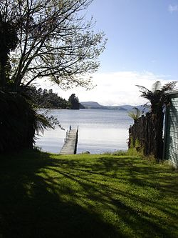 Jetty on Lake Rotoiti.jpg