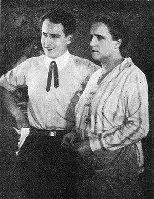 Osvobozené divadlo - Jiří Voskovec (left) in the film Pohádka máje, 1926