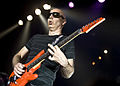 Joe Satriani en Apolo 5187855836 - Alterna2.jpg