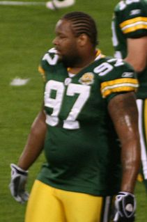 Johnny Jolly American football defensive tackle