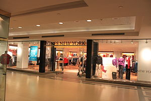 Jones New York store tower city center cleveland.JPG