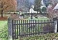 Kříž v zahradě domu 62 ve Všemilech (Q105003539).jpg