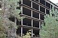 Kaputter Gebäudeteil des KdF-Gebäudes in Prora 20181028 015.jpg