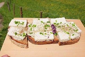 Cheese sandwich - Image: Kasbrot Fischunkelalm (1)