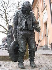 http://upload.wikimedia.org/wikipedia/commons/thumb/a/a4/Kaspar_hauser_denkmal.jpg/170px-Kaspar_hauser_denkmal.jpg