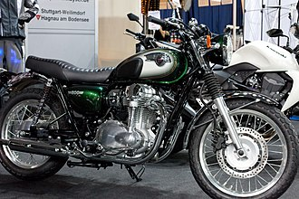 Kawasaki W800 - Image: Kawasaki W 800 right side