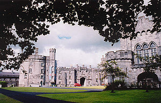 Irish Confederate Wars - Kilkenny Castle, seat of the Confederate General Assembly