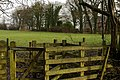 Kissing gate - geograph.org.uk - 881738.jpg