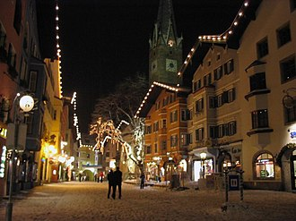Economy of Austria - Kitzbühel, one of Austria's famous winter tourist cities