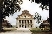 Koenigliche Saline in Arc-et-Senans Bild1 800px.jpg