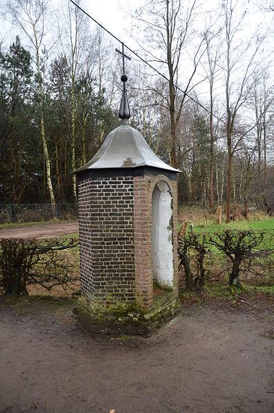 Kruisweg De Veertien Kapellekens - De calvarieberg Kapel