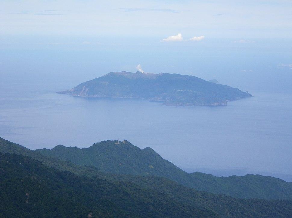 Kuchinoerabujima island from Mt.Nagatadake