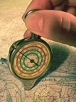 Прибор для измерения кривых линий на карте