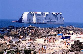 1988 in Portugal - MV ''Reijin'' capsized off Oporto.