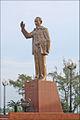 La statue de lOncle Hô (Can Tho, Vietnam) (6642892907).jpg