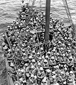 Troupes britanniques lors du débarquement à Gallipoli en mai 1915.