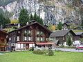 Lauterbrunnen - panoramio - Alistair Cunningham (4).jpg