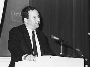 Lawrence Summers - Summers in 1990