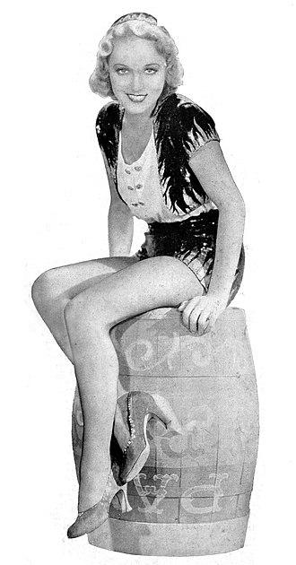 Leila Hyams - Leila Hyams in 1932