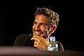 """Leonardo Sbaraglia - Presentación de la segunda temporada de """"99,99%. La ciencia de las Abuelas"""" (16852103766).jpg"""