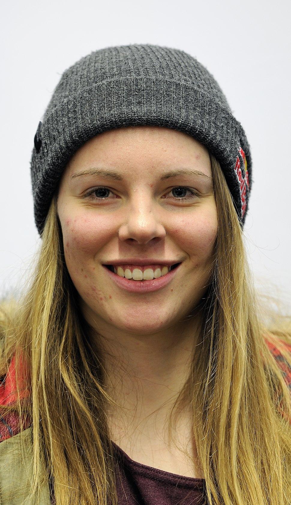 Lisa Zimmermann bei der Olympia-Einkleidung Erding 2014 (Martin Rulsch) 06
