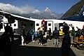 Lukla-04-Ankunft-2007-gje.jpg