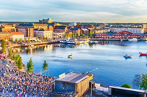 Lulea-city-festival-water.jpg