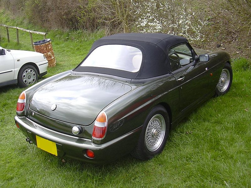File: MG RV8.jpg