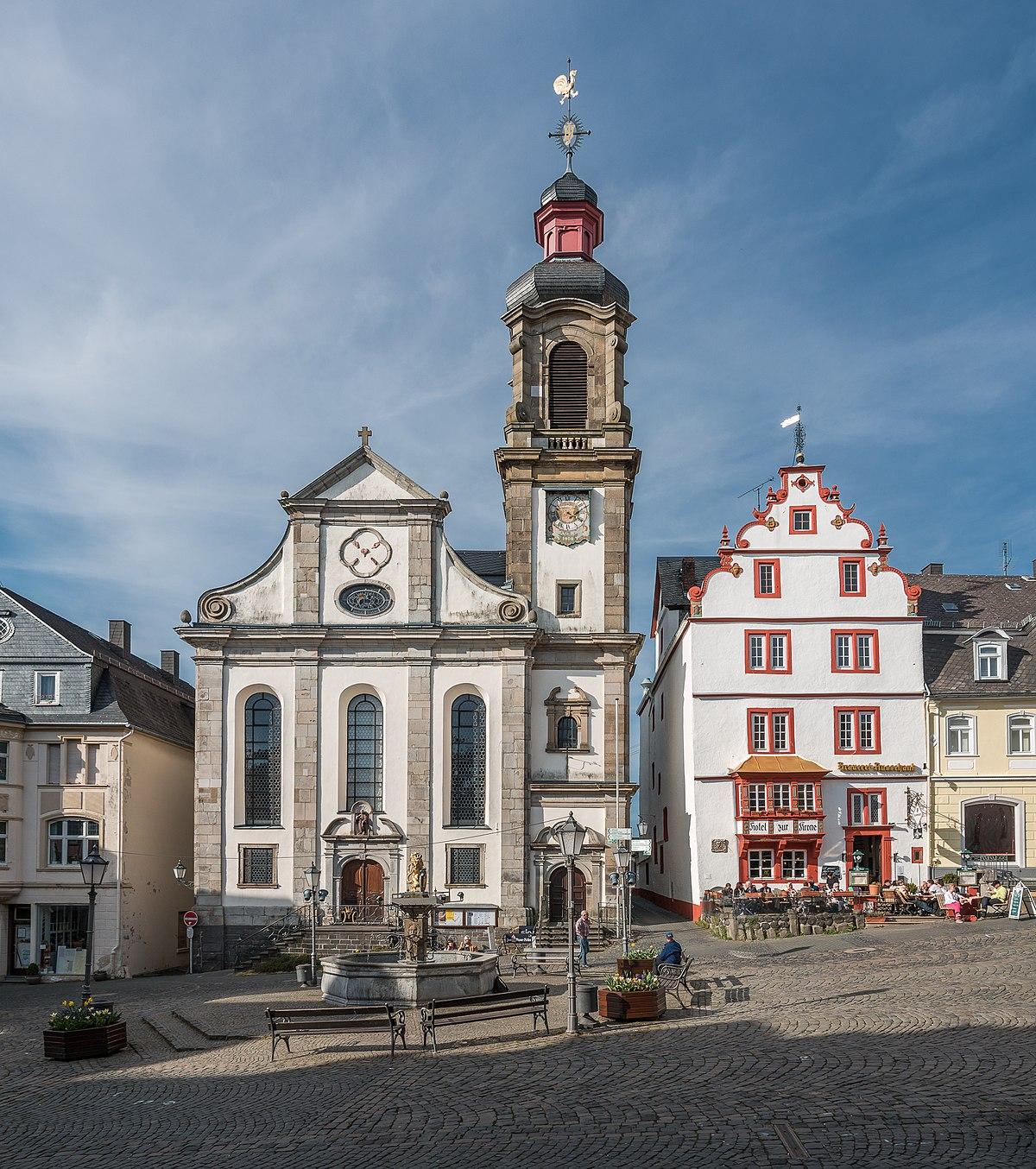 Franziskanerkloster Hachenburg Wikipedia: burg hachenburg