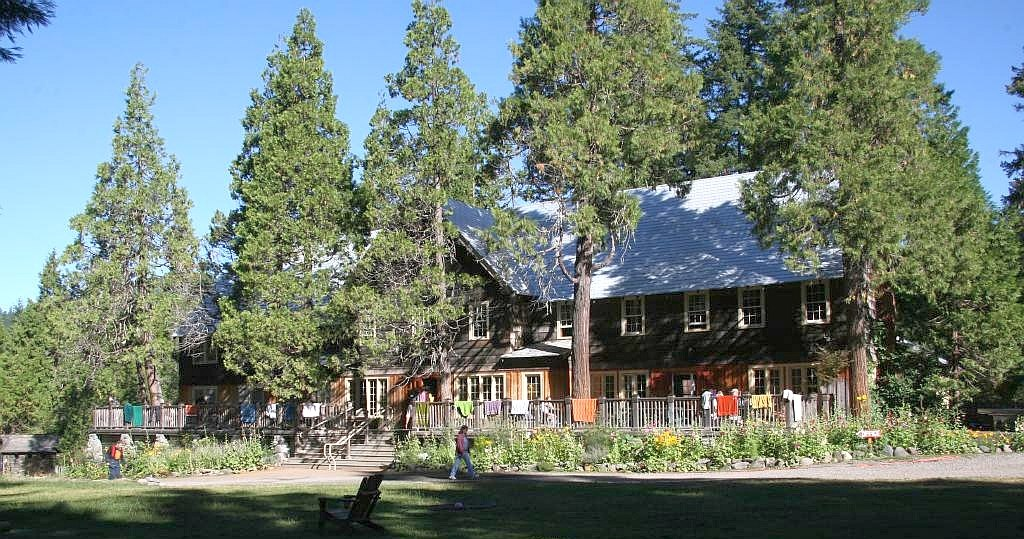 Main lodge seen from the front lawn, Breitenbush Hot Springs (2008-08-21)