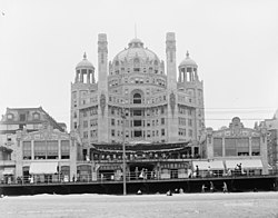 Marlborough-Blenheim Hotel (demolished) Atlantic City, NJ.jpg
