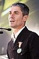Martin Fiz recibiendo la distición Lan Onari 01.jpg